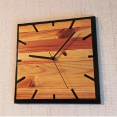 Настенные часы из дерева Классика