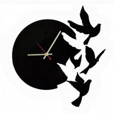 Настенные интерьерные часы Голуби