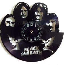 Часы на виниле Black Sabbath