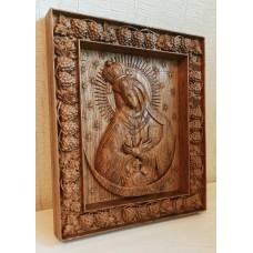 Резная икона Остробрамская Божья Матерь