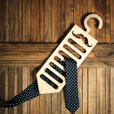 Держатель галстуков из дерева