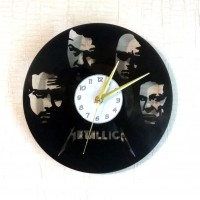 Часы на виниле Metallica