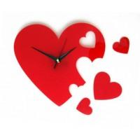 Деревянные часы Сердца