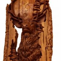 Резная картина из массива дерева Олень