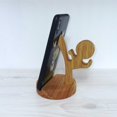Держатель телефона из дуба Каратист
