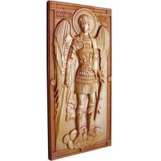 Икона из массива дуба Архангел Михаил ростовой